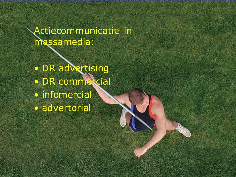 10 Internetcommunicatie in de sport Verschillen met klassieke media: – communicatiestijl – sociale uitstraling – controle op inhoud – controle op contact