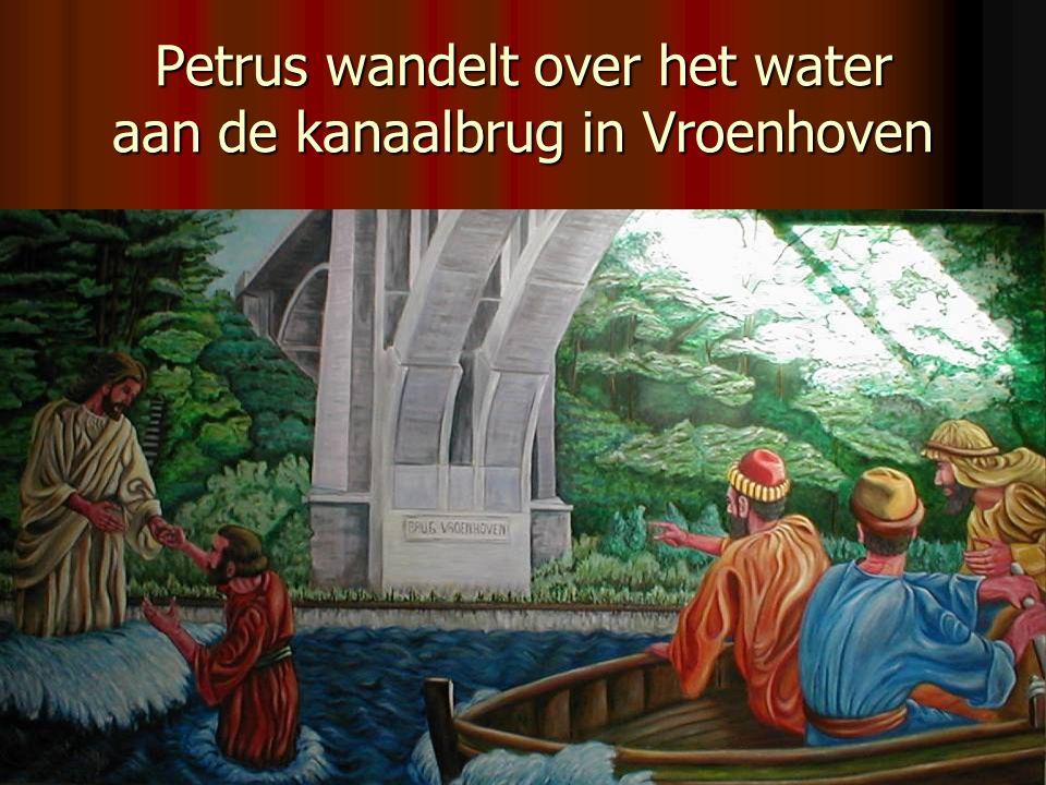 Petrus wandelt over het water aan de kanaalbrug in Vroenhoven