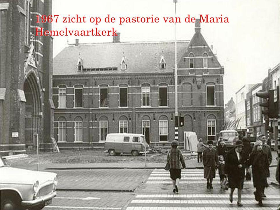 1967 zicht op de pastorie van de Maria Hemelvaartkerk