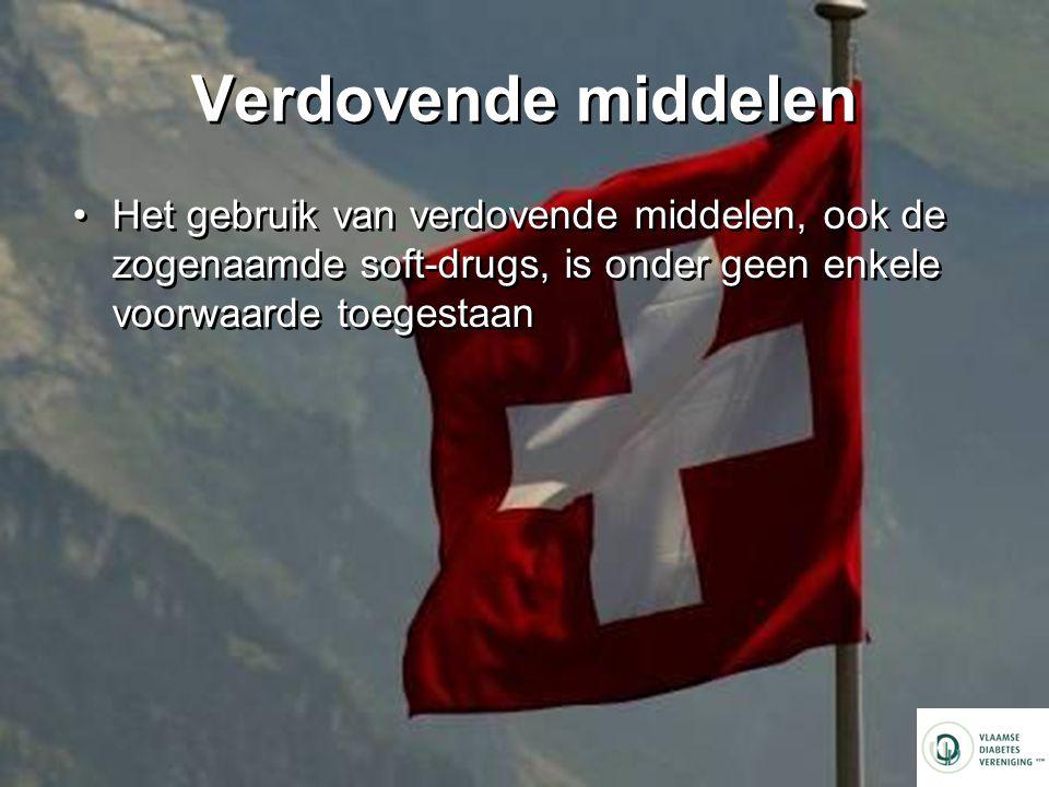 Verdovende middelen Het gebruik van verdovende middelen, ook de zogenaamde soft-drugs, is onder geen enkele voorwaarde toegestaan