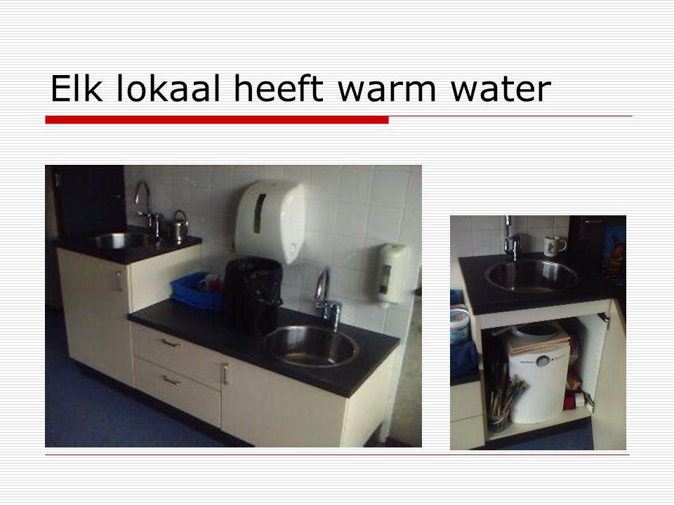 Elk lokaal heeft warm water