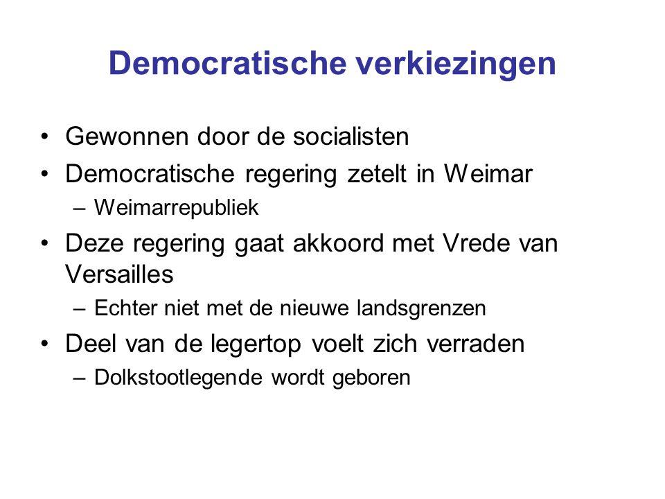 Democratische verkiezingen Gewonnen door de socialisten Democratische regering zetelt in Weimar –Weimarrepubliek Deze regering gaat akkoord met Vrede