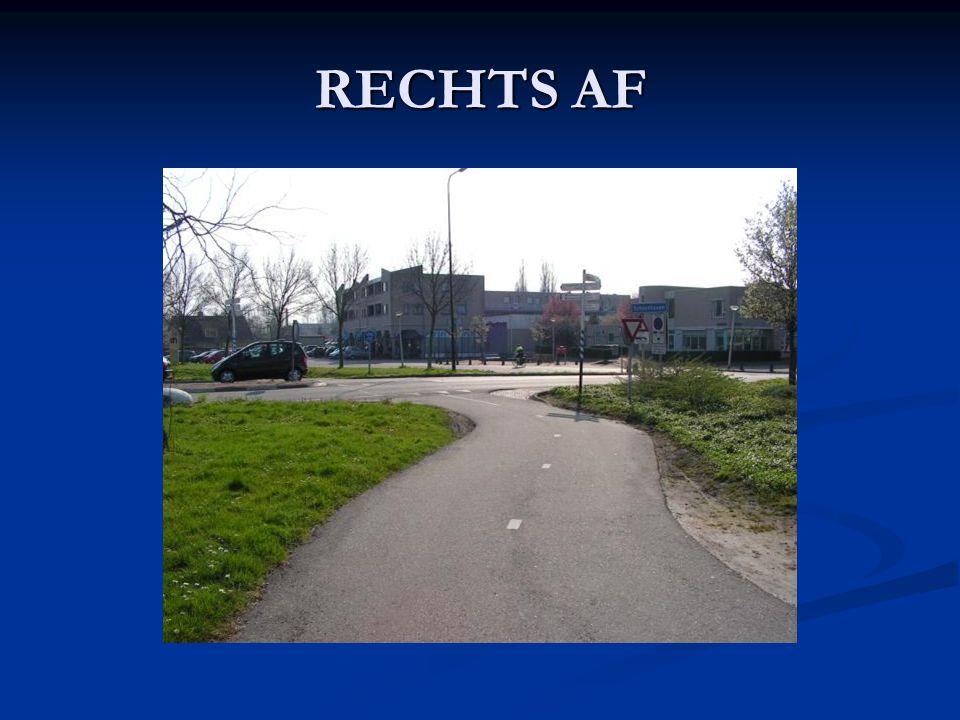 RECHTS AF