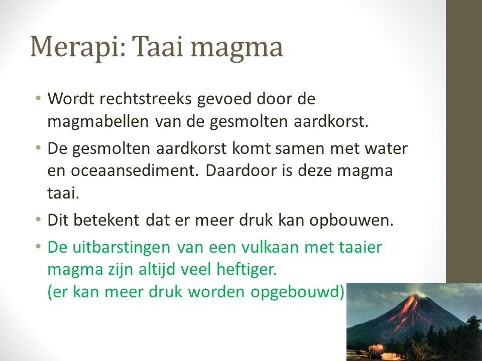 Merapi: Taai magma Wordt rechtstreeks gevoed door de magmabellen van de gesmolten aardkorst. De gesmolten aardkorst komt samen met water en oceaansedi
