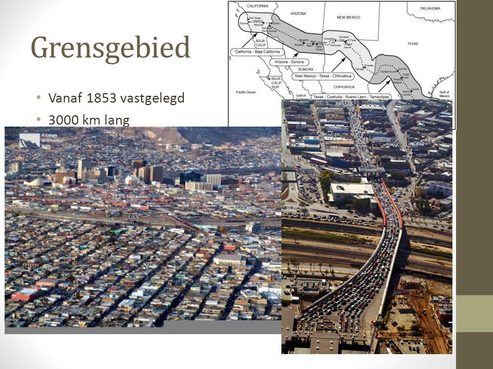 Grensgebied Vanaf 1853 vastgelegd 3000 km lang De helft bestaat uit de rivier Rio Grande Na het verdrag van Hidalgo werden sommige steden gewoon door