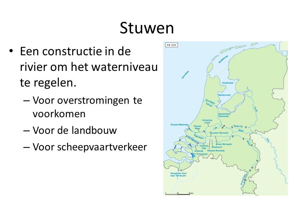 Een constructie in de rivier om het waterniveau te regelen. – Voor overstromingen te voorkomen – Voor de landbouw – Voor scheepvaartverkeer Stuwen
