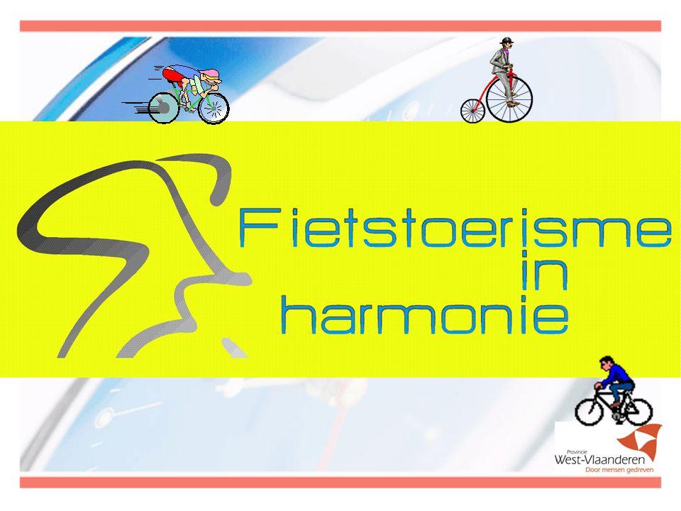 DOELGROEP naast de prioritaire doelgroep van wielertoeristen(clubs) en recreatieve fietsers, die we verder de 'fietstoerist' noemen, richt deze campagne zich tot alle gebruikers van de openbare weg