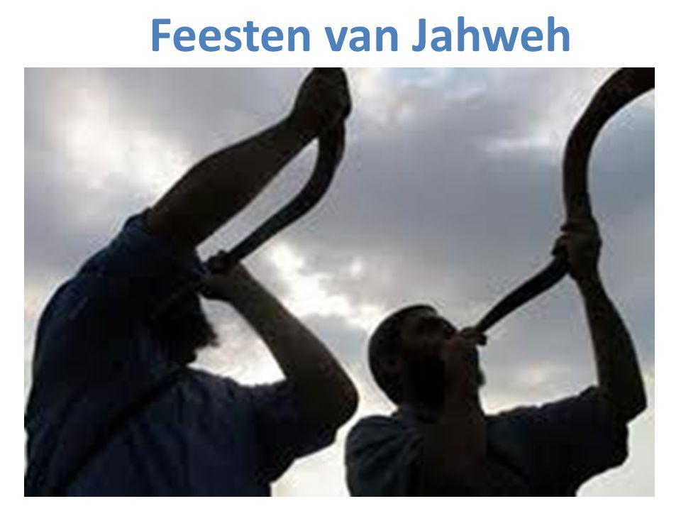 Twee groepen feesten van Jahweh: Groep 1: In de eerste maand (nisan): Pascha – Pèsach 14 nisan Feest van de ongezuurde broden 15-21 nisan Feest van de eerstelinggarf tussen 15-21 nisan