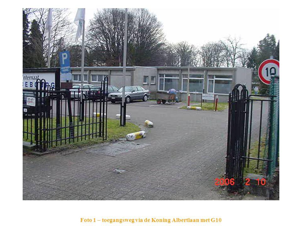 Foto 1 – toegangsweg via de Koning Albertlaan met G10