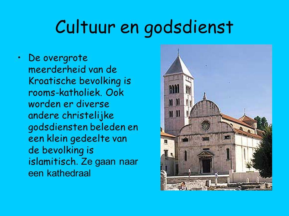 Cultuur en godsdienst De overgrote meerderheid van de Kroatische bevolking is rooms-katholiek. Ook worden er diverse andere christelijke godsdiensten