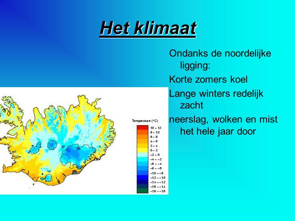 Het klimaat Ondanks de noordelijke ligging: Korte zomers koel Lange winters redelijk zacht neerslag, wolken en mist het hele jaar door