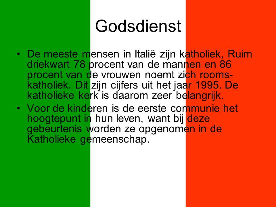 Godsdienst De meeste mensen in Italië zijn katholiek, Ruim driekwart 78 procent van de mannen en 86 procent van de vrouwen noemt zich rooms- katholiek