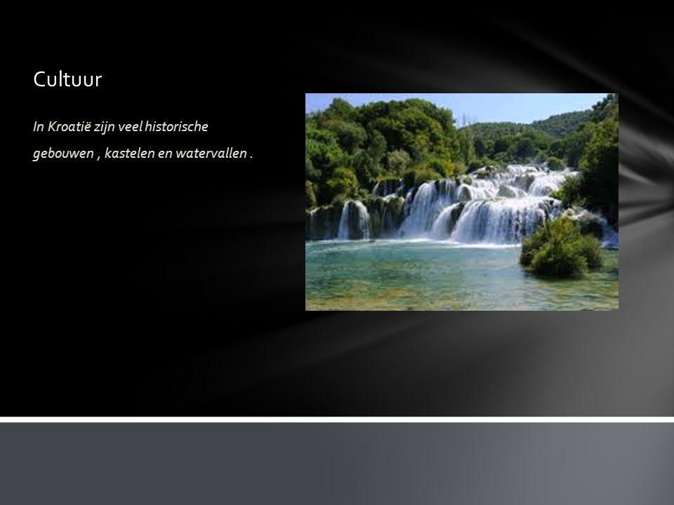 Cultuur In Kroatië zijn veel historische gebouwen, kastelen en watervallen.