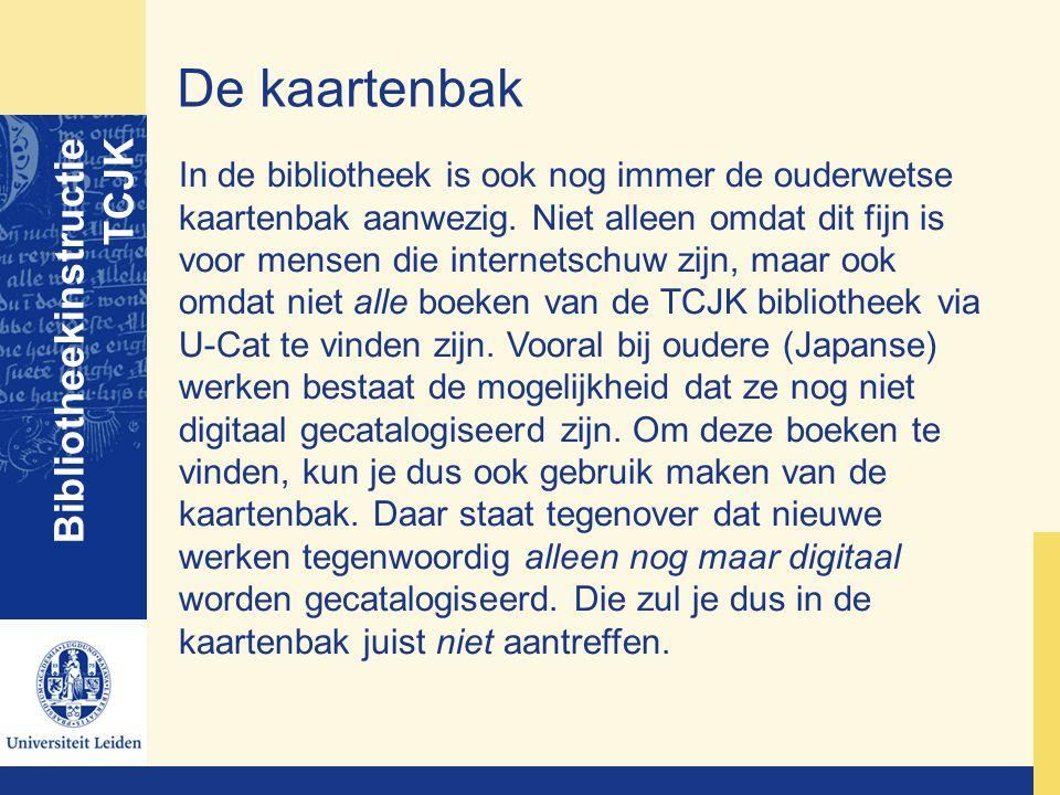 De kaartenbak Bibliotheekinstructie TCJK In de bibliotheek is ook nog immer de ouderwetse kaartenbak aanwezig. Niet alleen omdat dit fijn is voor mens