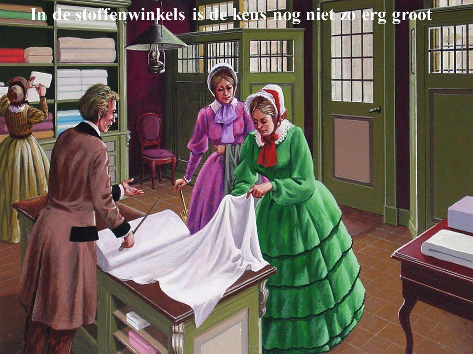 Dienstmeisjes brengen dag en avond grotendeels in de keuken door