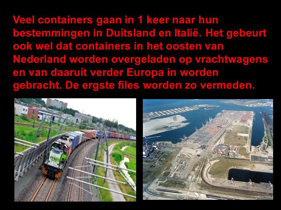 Veel containers gaan in 1 keer naar hun bestemmingen in Duitsland en Italië.