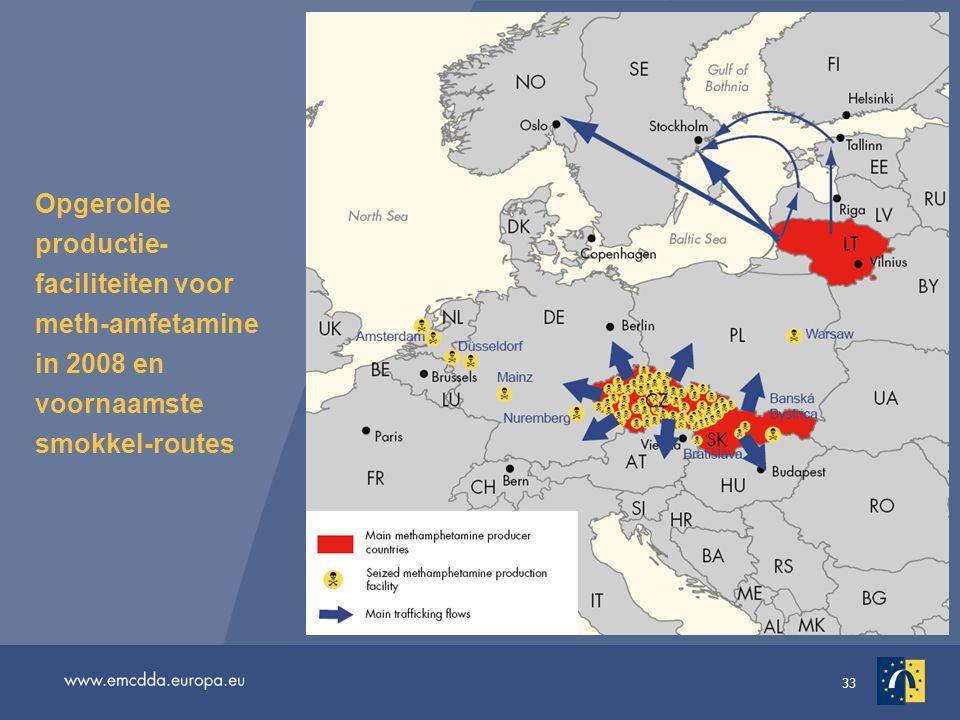 33 Opgerolde productie- faciliteiten voor meth-amfetamine in 2008 en voornaamste smokkel-routes