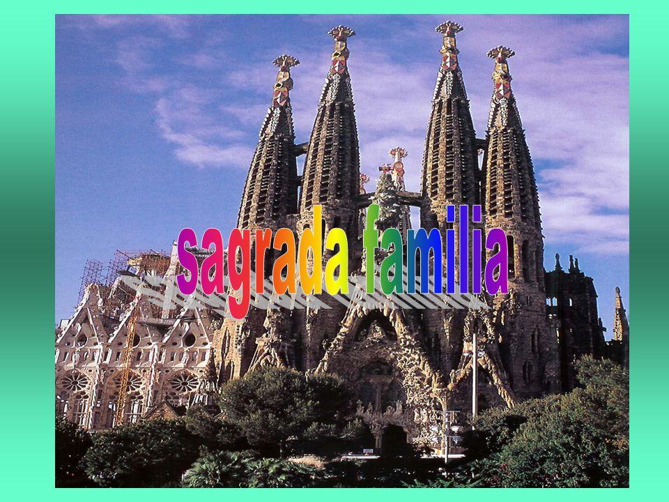hoofdstukkennaam 1Sagrada familia 2Het is geen gezin 3Torens 4weetjes 5Antoni gaudi 6pelgrims 7Het idee 8 het idee van de sagrada familia 9 gaudi 10plattegrond 12donker 13Het eind
