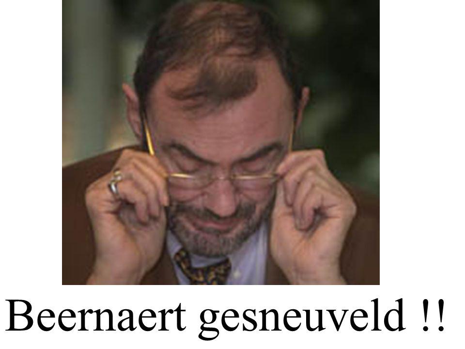 De hoofdpunten van Donderdag 07/02/'02. Beernaert sneuvelt in pcb-crisis.