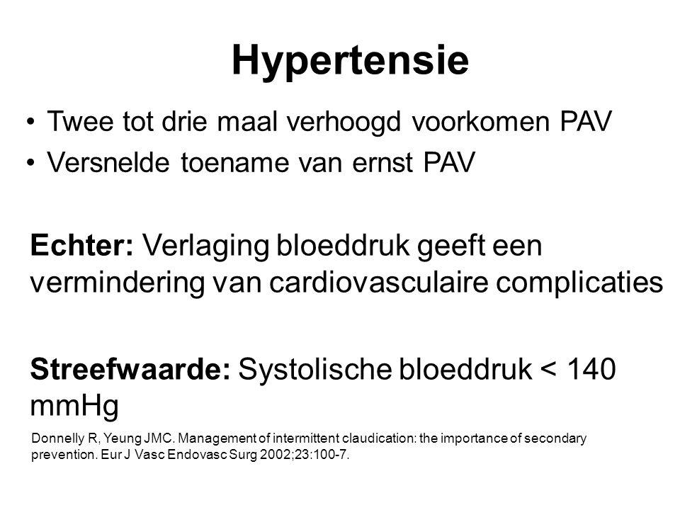 Hypertensie Twee tot drie maal verhoogd voorkomen PAV Versnelde toename van ernst PAV Echter: Verlaging bloeddruk geeft een vermindering van cardiovas