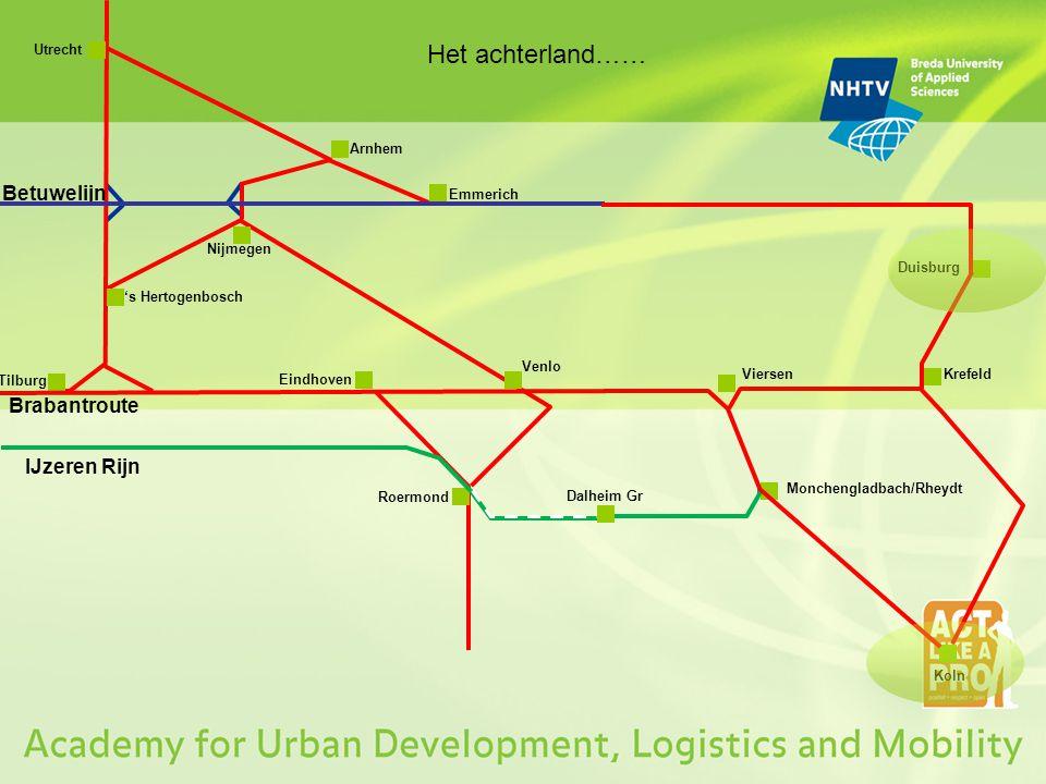 Kortom: Sloe en Moerdijk gaan een steeds grotere rol spelen irt havenafhandeling rondom Rotterdam en Antwerpen; De modaliteit goederenvervoer per spoor is niet weg te denken; Marges in het goederenvervoer zijn erg klein; Concurrentie is groot; Veiligheid is niet in gevaar, maar heeft altijd aandacht nodig; Zonder flexibiliteit draait geen enkele logistiek proces; Randvoorwaardelijke aanpassingen in de infra zijn altijd noodzakelijk; Doorrijden aan de grens gebeurt steeds meer, maar ontkoppelen blijft; Grensovergangen zullen allemaal hard nodig blijven; Venlo is een verkeersknooppunt en wordt steeds meer een vervoersknooppunt ; Er zullen steeds meer Nationale Industriele centra komen, die bediend moeten worden.
