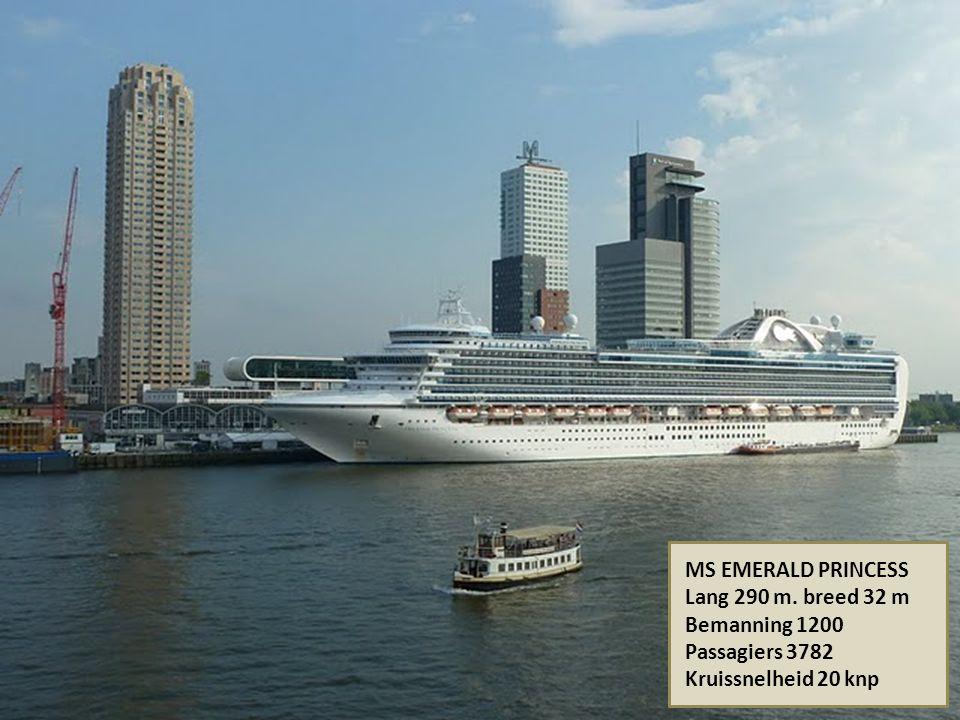MS QUEEN ELISABETH Bouwjaar 1969, uit de vaart 2008 Lang 293 m. Breed 32 m Het schip ligt nu als hotelschip aan een speciale pier in Palm Jumeirah