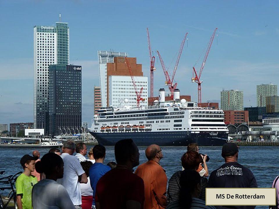 MS De Rotterdam Bouwjaar 1997 Lang 234 m Breed 32,2 m Bemanning 593 Passagiers 1316 Snelheid 20-25 knp