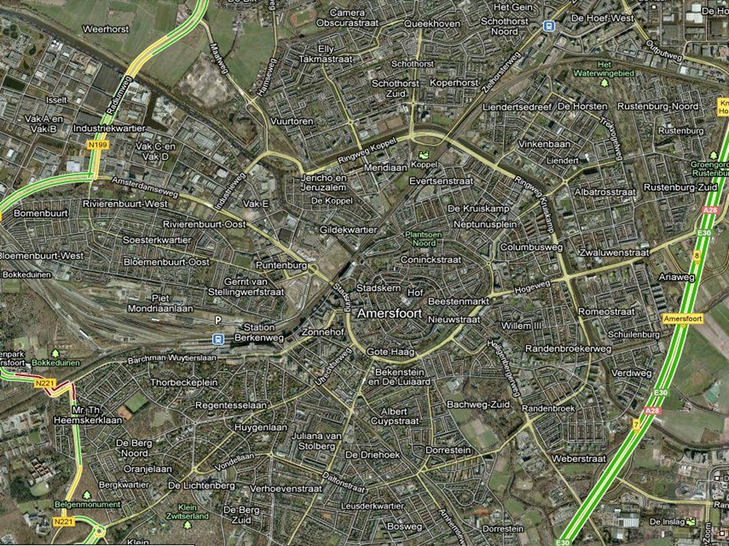 Mogelijke antwoorden Middeleeuwen: Klein Ommuurd/Vesting Gracht om de gehele stad.