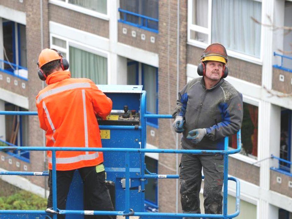 Boom rooien in de binnentuin van de Ostreaflat op 14, 15, 20 en 21 december 2011