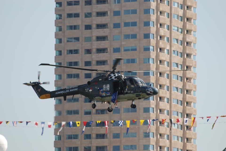 Deze helikopter is 36 jaar en gaat nog met gemak recht omhoog en recht omlaag