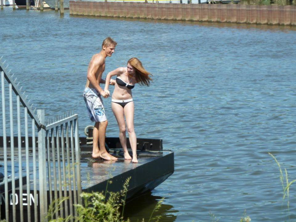 Zij wilde niet in het water gegooid worden