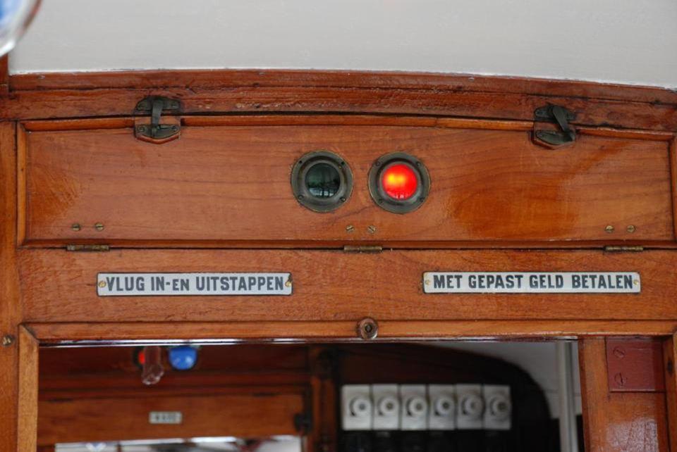 Wat foto's van het interieur van deze historische tram