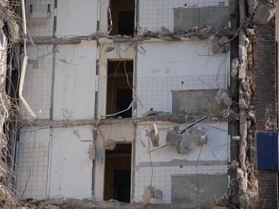 Zondag 4 maart 2012 Asbestverwijdering