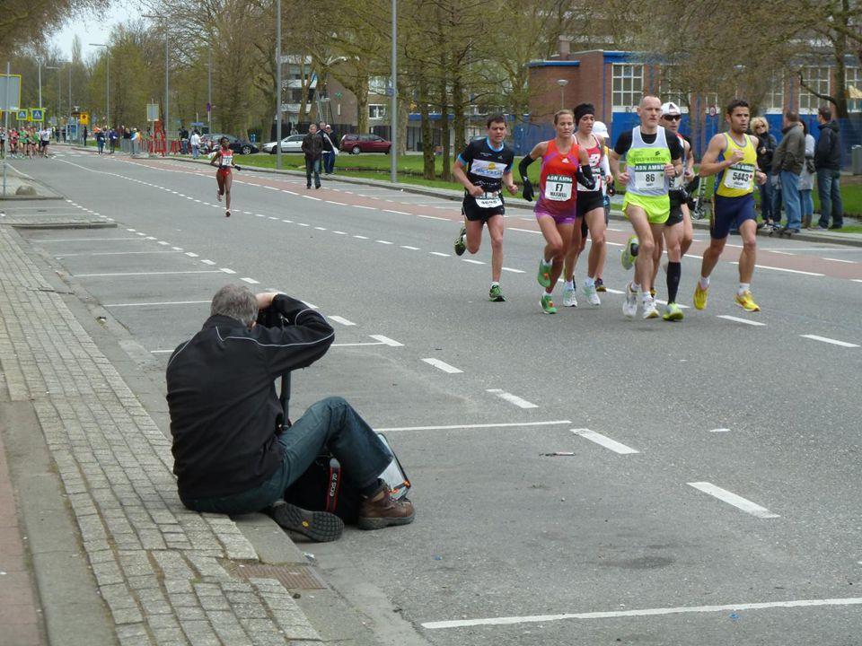 Deze fotograaf gaat ervoor op zijn knieën