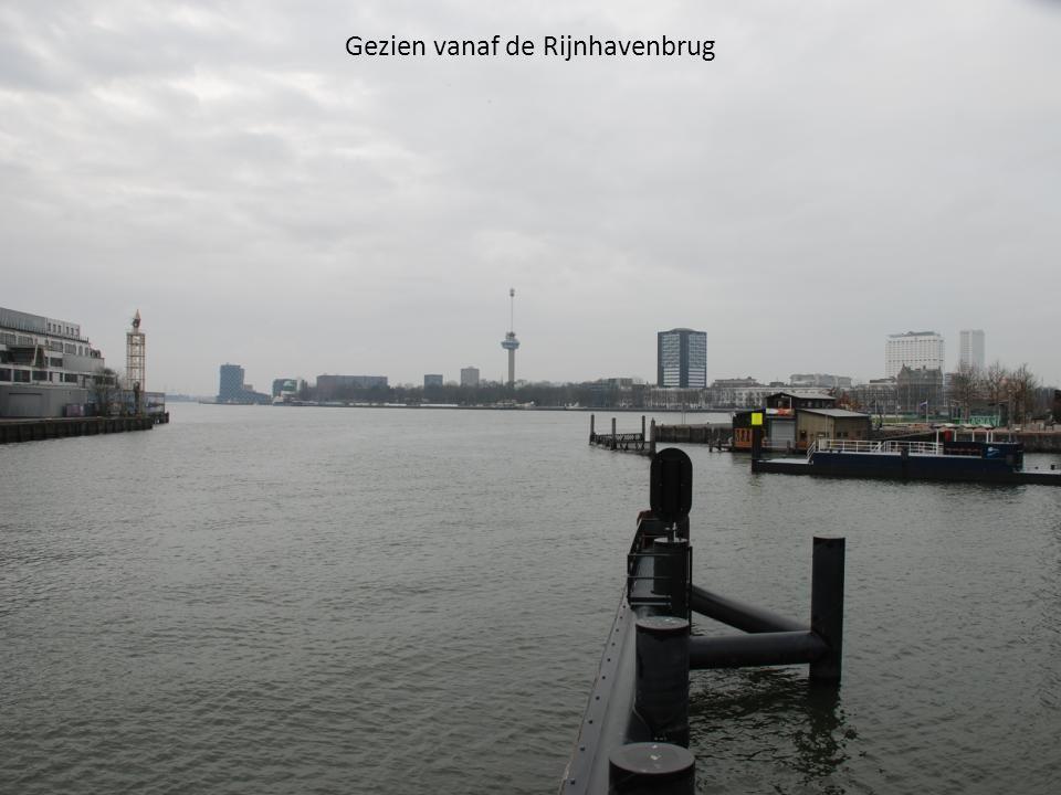 Gezien vanaf de Rijnhavenbrug