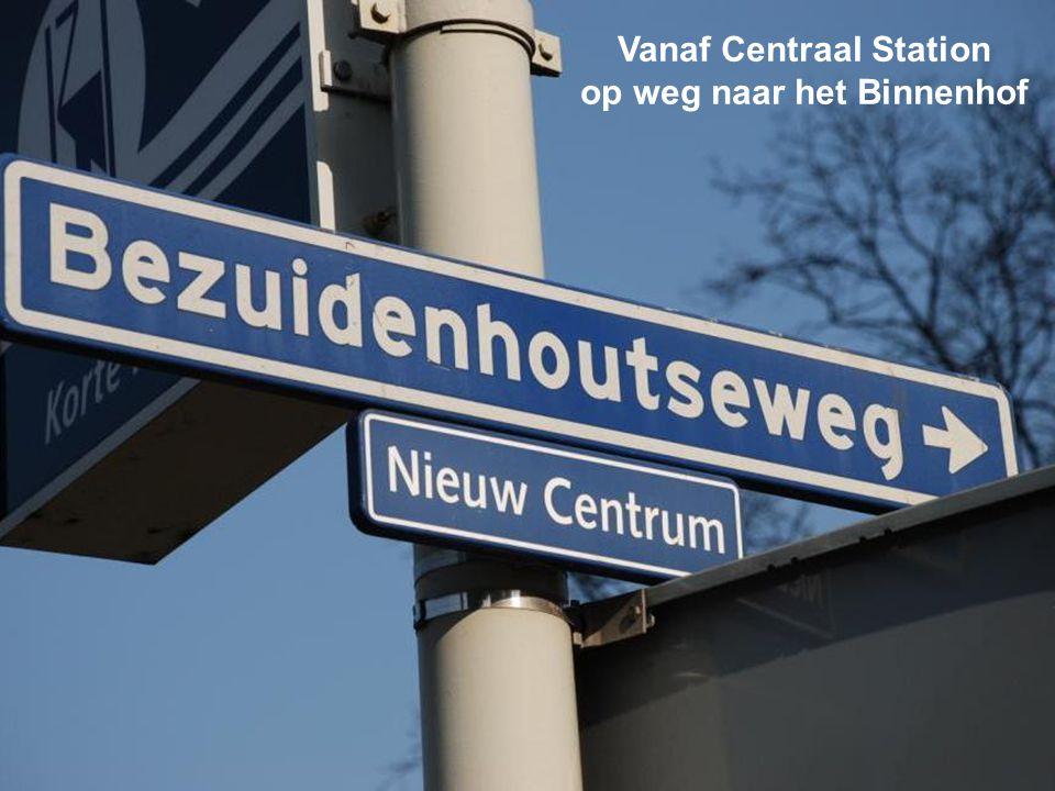 Met Randstadrail van Slinge naar het centrum van Den Haag en dan naar het Binnenhof lopen Na station Rijnhaven duikt de Randstadrail de tunnel in en k