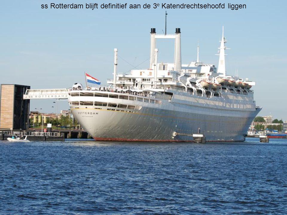 ms Rotterdam, nog aan de Holland Amerikakade