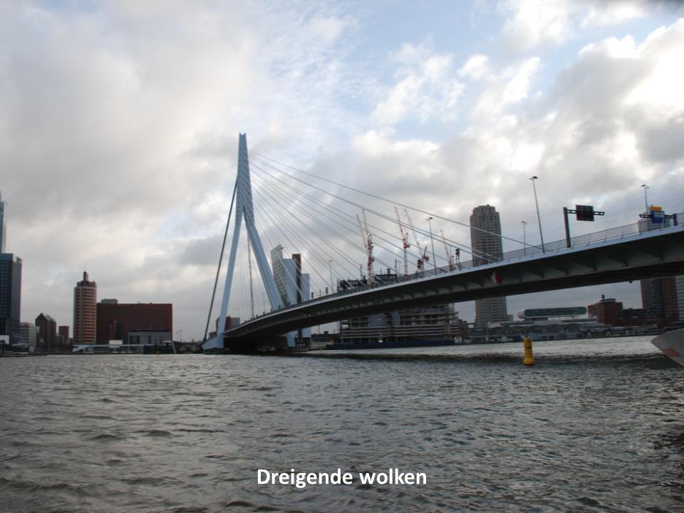 De waterpolitie op de Maas