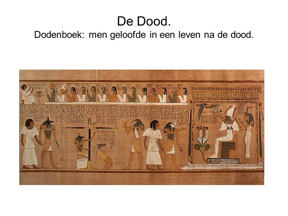 Lichaam moet in tact blijven.Mummificeren. Massa werd in woestijnzand begraven.