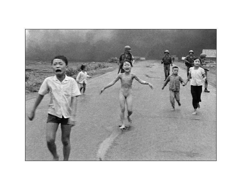 De VS trekken zich terug uit Vietnam.Veel weerstand van bevolking VS tegen de oorlog.