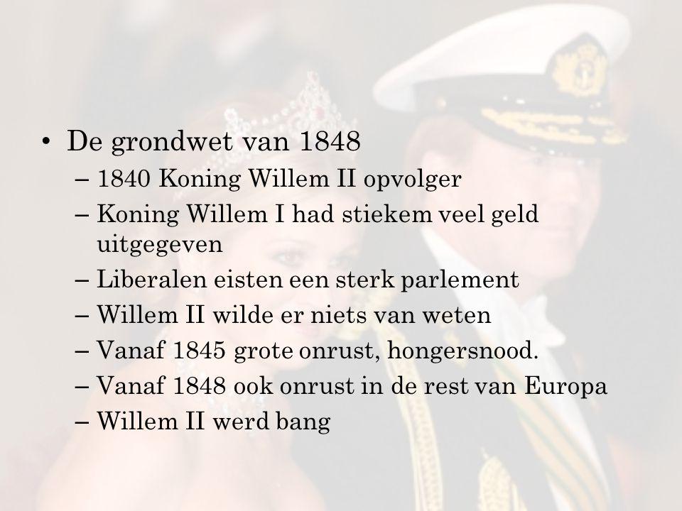 In een nacht werd Willem II liberaal Hij liet de liberale leider Thorbecke een nieuwe grondwet maken Zo kwam er een parlementair stelsel Het parlement kreeg de macht De koning zelf had geen macht meer.
