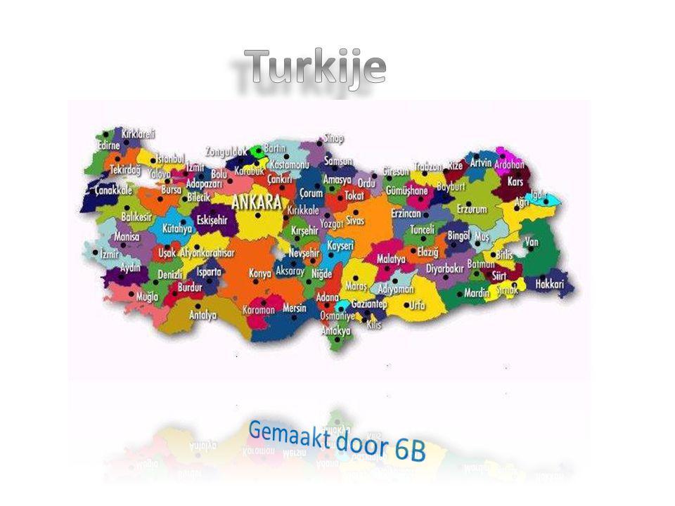 ligging Turkije bestaat uit 2 delen, een klein deel in Europa en een groot deel in Azië.