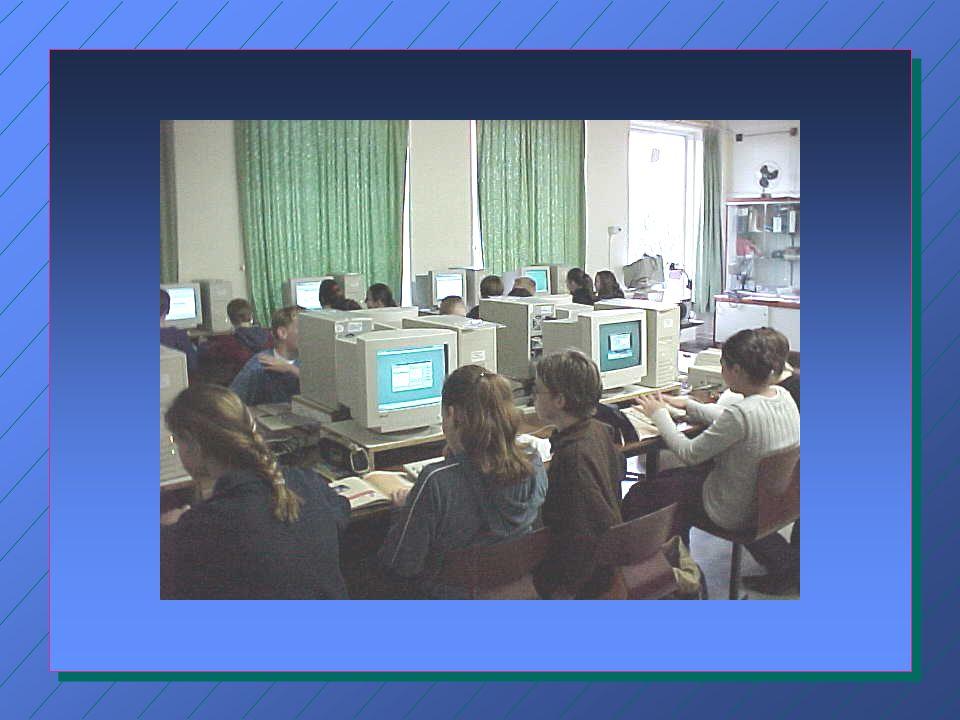 Belemmeringen volgens docenten n Er is onvoldoende tijd voor professionalisering; n Er is onvoldoende tijd in het lesprogramma; n Er is weinig zicht op de didactische mogelijkheden van ICT; n De nascholing schiet tekort; n Het computerlokaal is vaak bezet.