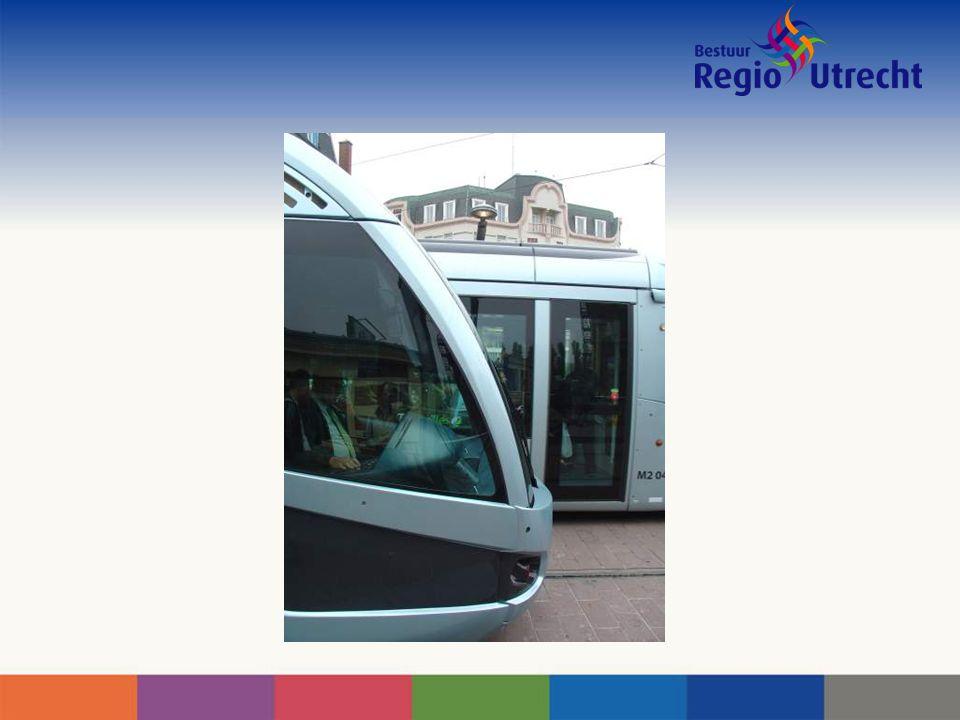 Stappenplan Zwaarste buslijnen als eerste vertrammen Vertramming OVT – Uithof meest urgente vraagstuk Medio 2010 tracébesluit OdZ Medio 2011 go/no go (mits financiering rond)