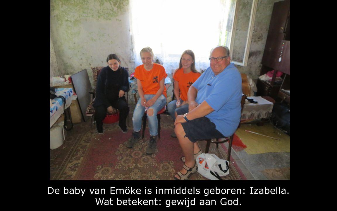 De baby van Emöke is inmiddels geboren: Izabella. Wat betekent: gewijd aan God.