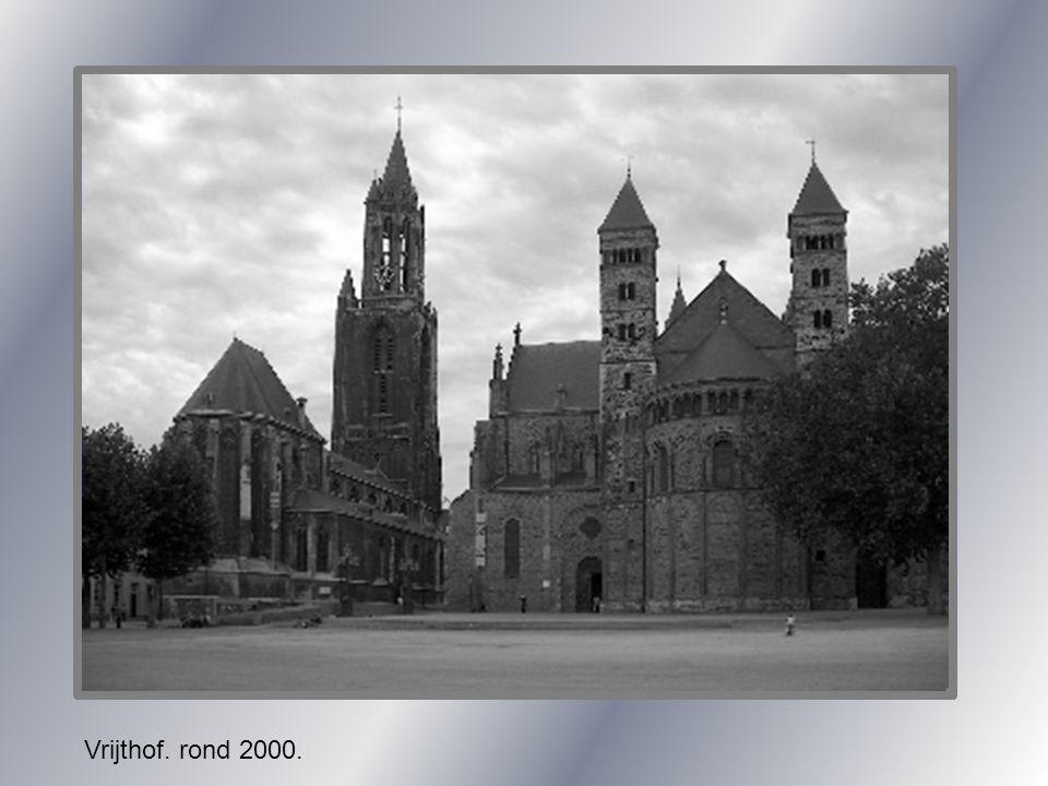 Carnavals monument Vrijthof.