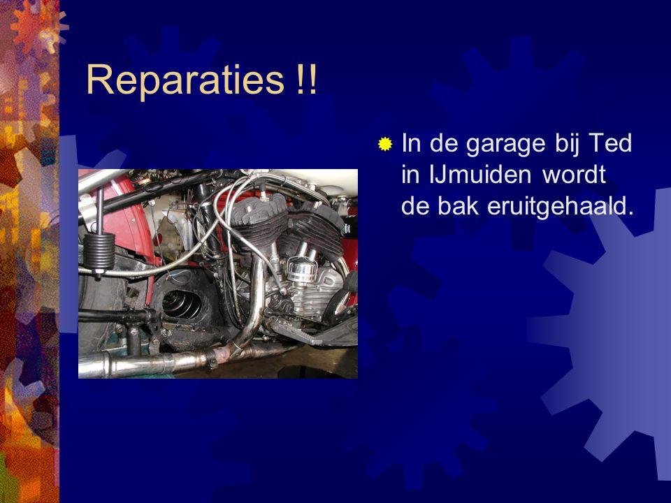 Reparaties !!  In de garage bij Ted in IJmuiden wordt de bak eruitgehaald.