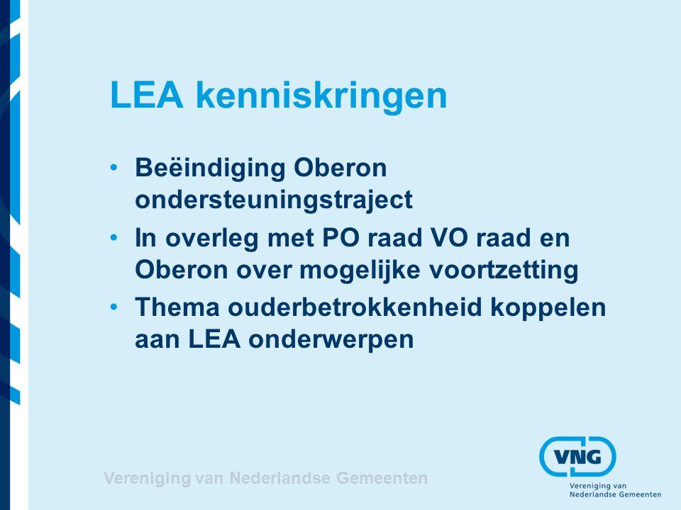 VVE trainingen VNG Academie Vanaf oktober tot medio 2013 8 regionale trainingsgroepen Verbeterplan aan de hand van rapport Onderwijsinspectie bestandsopname Aandacht voor integreren thema ouderbetrokkenheid Vereniging van Nederlandse Gemeenten