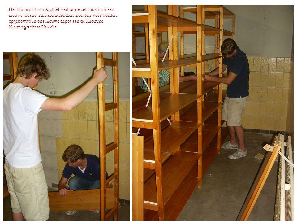 Het Humanistisch Archief verhuisde zelf ook naar een nieuwe locatie. Alle archiefrekken moesten weer worden opgebouwd in ons nieuwe depot aan de Kromm