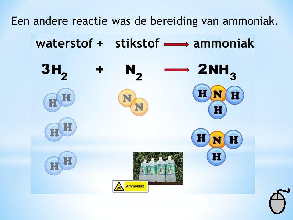 2 NaN Na + 3 N 23 De stikstof deeltjes zijn nu kloppend, resten alleen nog de natrium deeltjes. Voor de pijl 2 x 1 = 2 Na de pijl 1 x 1 = 1 Dus de coë